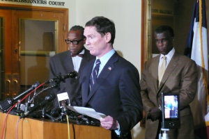 Clay Jenkins West Nile press conference dallas texas declares state of emergency