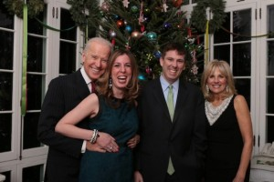 biden gropes white house reporter
