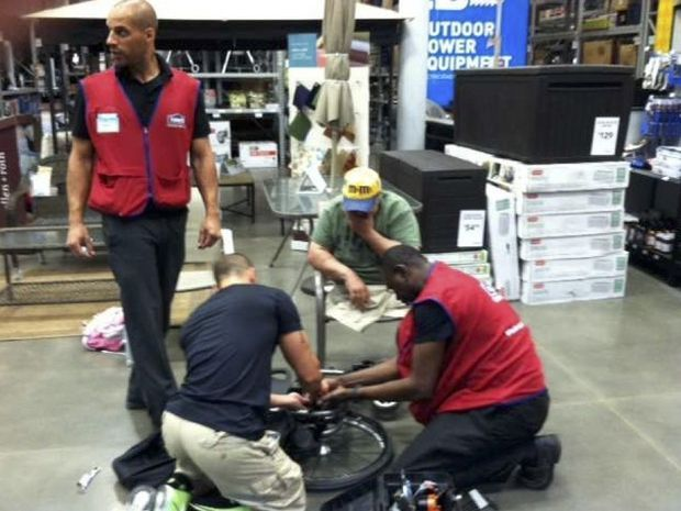 Lowes-employees